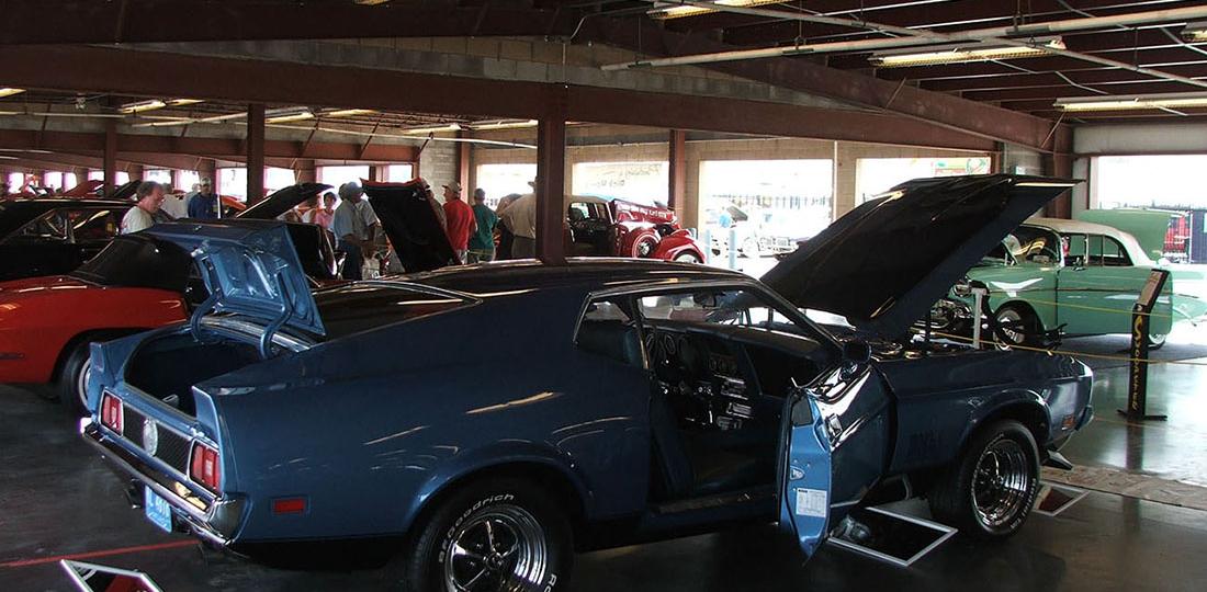 Graveyard Run - Antique Auto Restoration Shop Near Middle ...